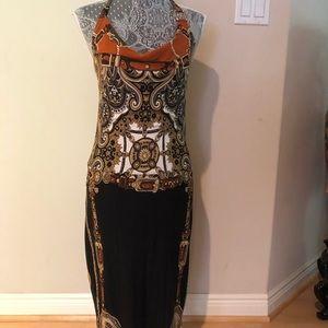 Beautiful cache midi dress with Versace print.